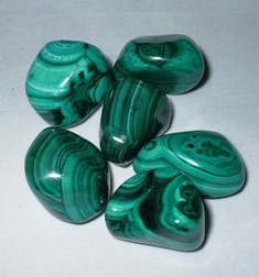 crystals-malachite-tsmal2.jpg